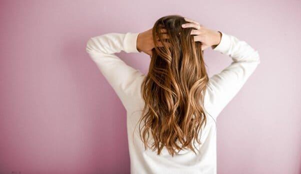 Tips para eliminar el frizz del cabello